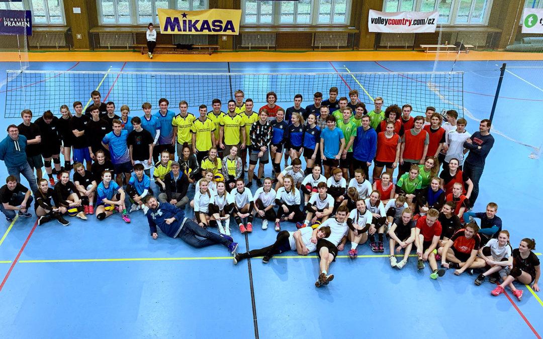 Vysokoškolská volejbalová liga vyvrcholí SUPERFINÁLEM školního volejbalu
